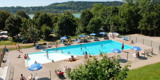 Camping jura avec piscine 3 toiles lac de clairvaux for Camping lac du der avec piscine